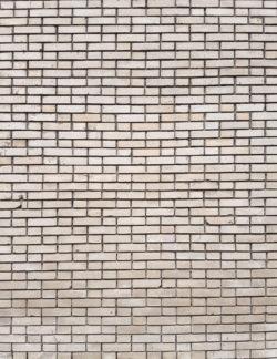 Москва, кирпичная стена жилого дома