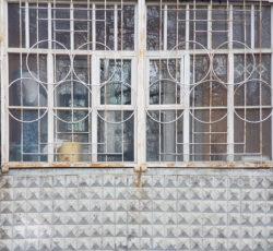 Пенза, окно жилого дома