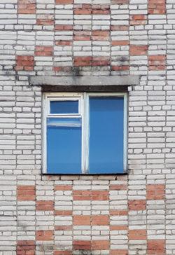 Александров, окно жилого дома, застройка 1980х гг