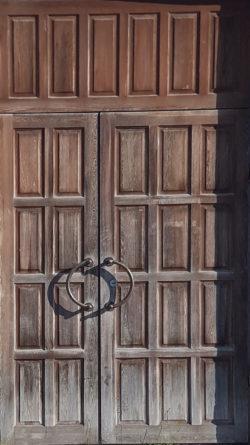 Иваново, дверь общественного здания, застройка 1970-1980х гг.